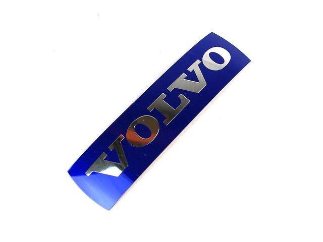 Наклейка эмблема решетки радиатора Volvo